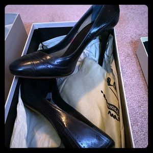Burberry shoes size 7